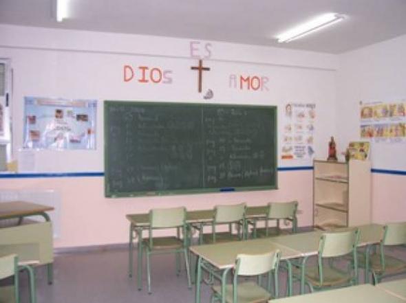 aula crucifijo