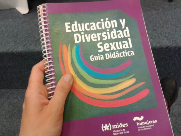 Guia Educacion y Diversidad Sexual Uruguay