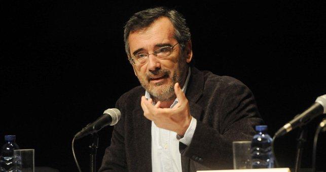 Manuel Cruz es catedrático de Filosofía Contemporánea de la UB