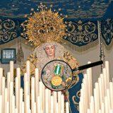 Virgen del Amor con la medalla oro al mérito policial