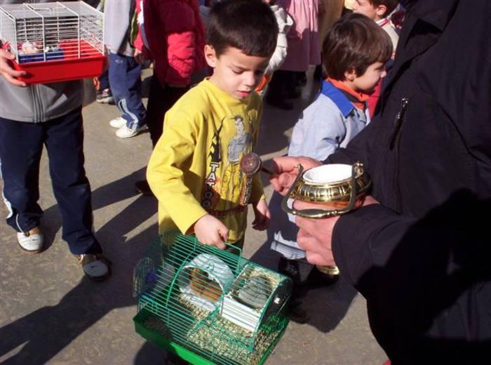 Bendicen animales en el colegio de Pinoso (Alicante)