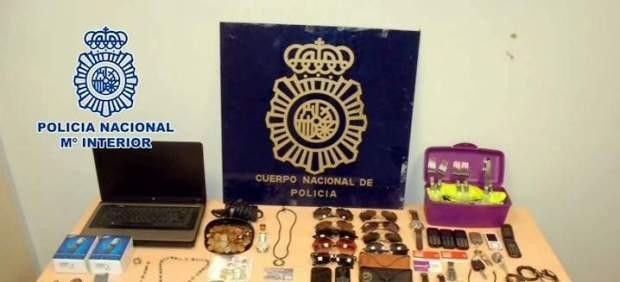 cruz escudo policia nacional