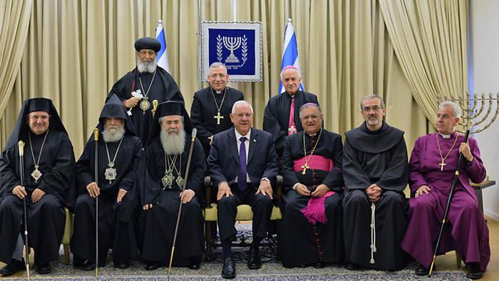 Presidente de Israel con los líderes de las comunidades cristianas en Año Nuevo 2015