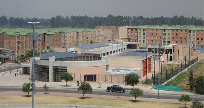 Colegio Público Gabriel Betancourt Mejía, ubicado en la localidad de Kennedy. Bogotá - Colombia