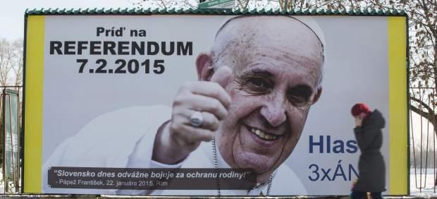 Eslovaquia apoyo Bergoglio vota prohibir matrimonio homosexual 2015