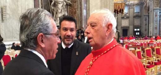 Salvador jara Gobernador Michoacan Vaticano 2015