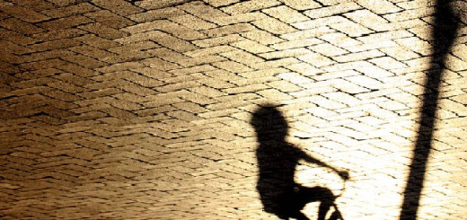 Recreación fotográfica alusiva a los abusos a menores. // FLICKR
