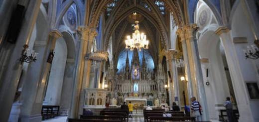 Las esculturas, paredes y techos de la iglesia de la Candelaria fueron restauradas en año y medio