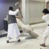 milicias estados islamico destruyen arte asirio Irak 2015