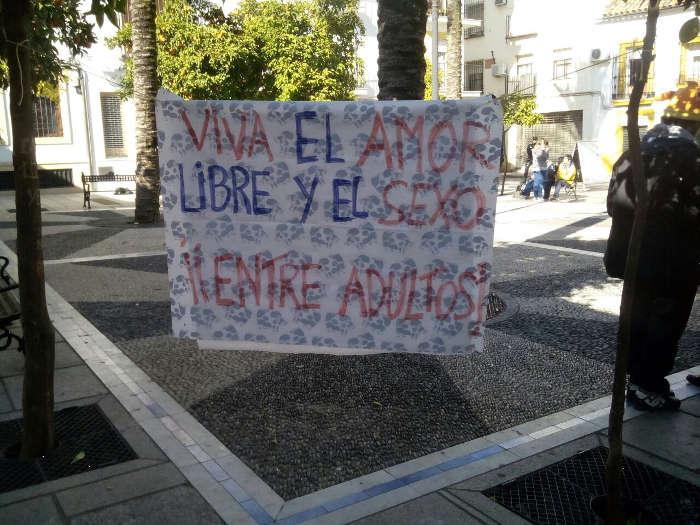 Protesta visita Obispo al CEIP Caballeros Santiago de Cordoba 2015
