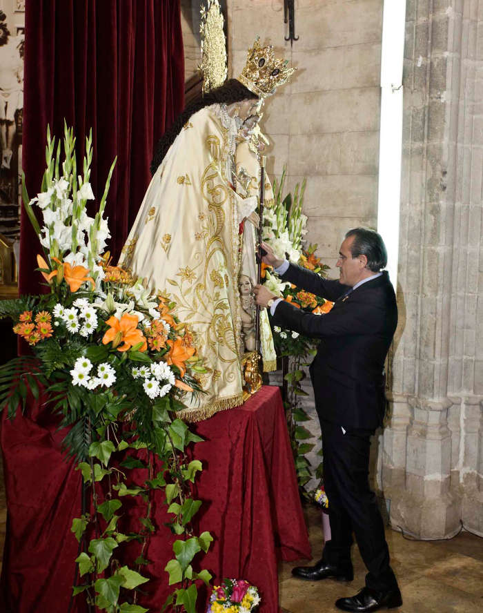 Vara de mando Virgen Desamparados Gandia 2015