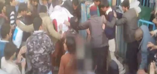 linchamiento mujer en Kabul Afganistan 2015