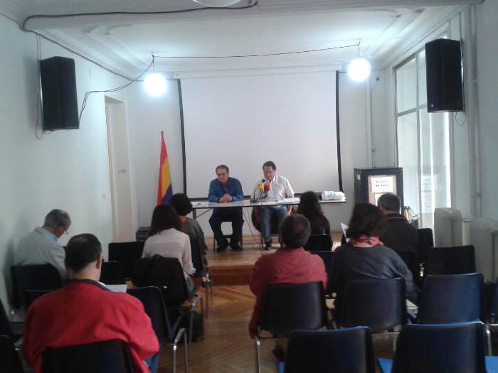 Rueda de prensa de Europa Laica en Madrid presentando la campaña contra la asignación tributaria en el IRPF y la financiación de la Iglesia. 2015