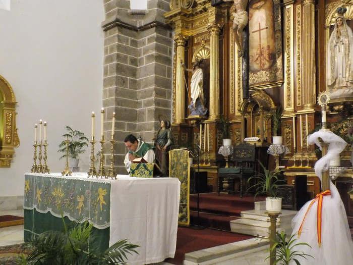 misa villanueva del Duque 12 octubre 2014