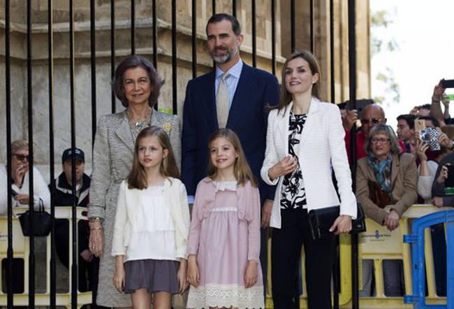 reyes en misa de pascua Mallorca 2015
