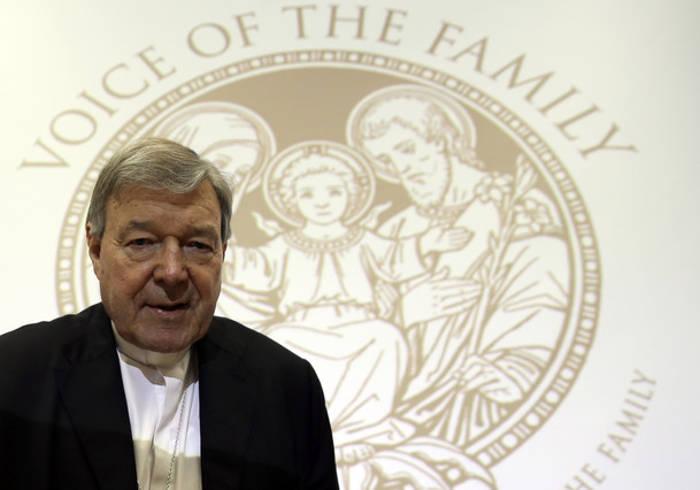 Cardenal Pell tesorero Vaticano 2015
