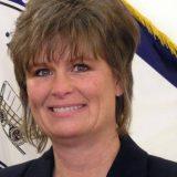 Frazier funcionaria reza consejo municipal USA 2014