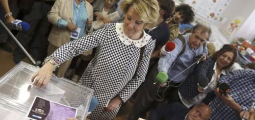 votando Esperanza Aguirre 2015