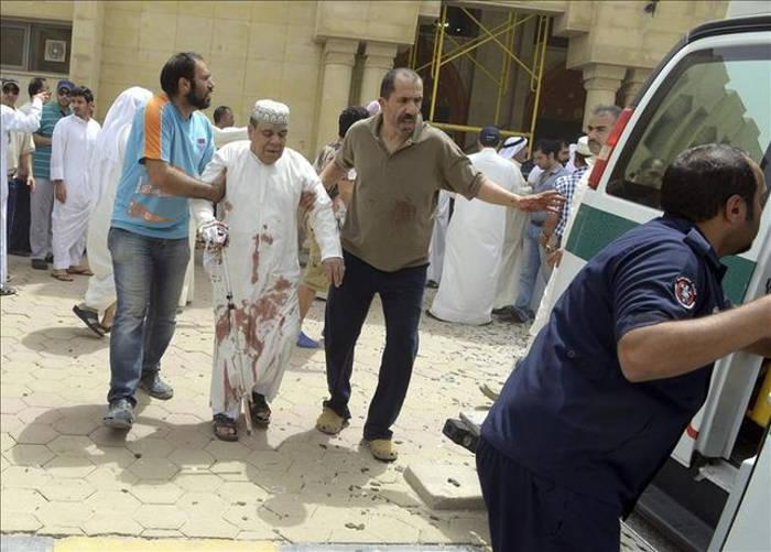 atentado yihadista mexzquita Kuwait 2015