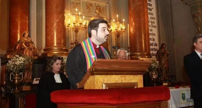 El pastor protestante en el homenaje a Zerolo. (Infovaticana)