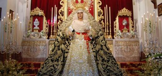 virge esperanza de triana Sevilla