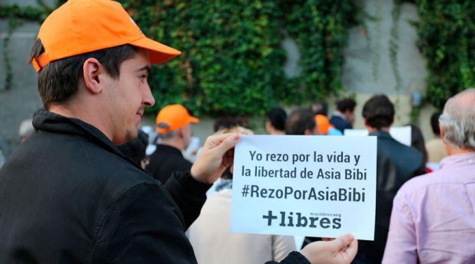 Mani Asia Bibi Madrid 2015
