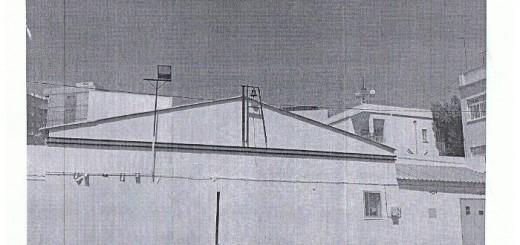 colegio Almeria Madre de la Luz crucifijo patio quitado
