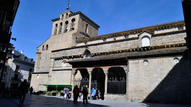 exterior catedral de Jaca