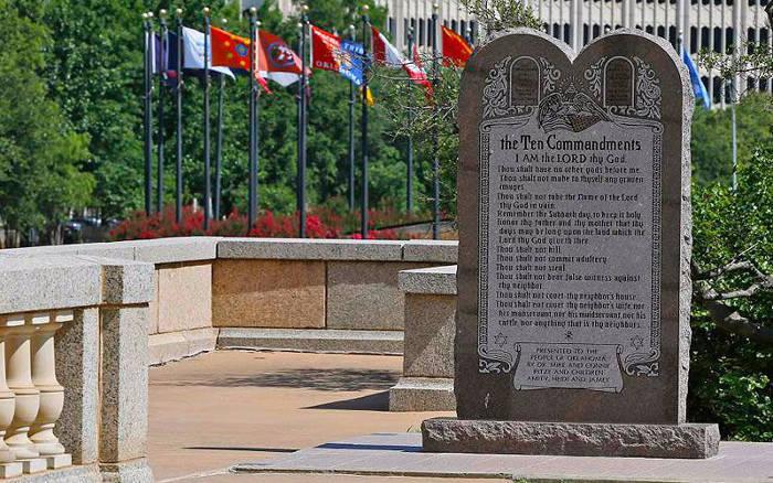 monumento a los diez mandamientos USA 2015 Oklahoma