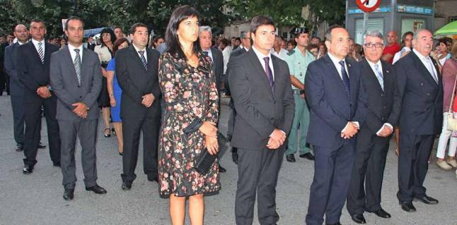 Ayuntamiento Cangas en la procesion 2014