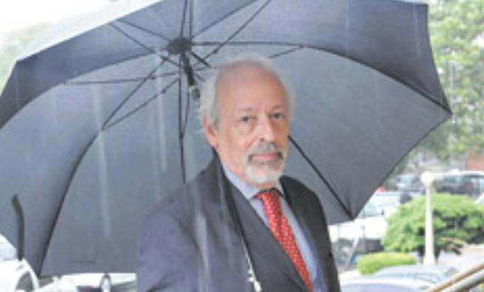 Horacio Verbitsky declara ante el tribunal
