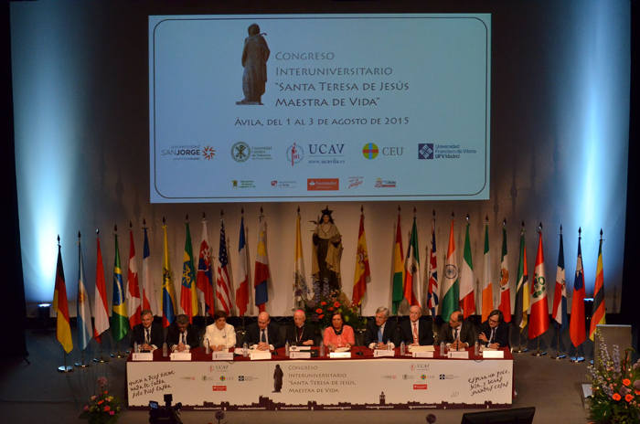 ministro interior Fernandez Diaz inaugura congreso santa Teresa 2015 a
