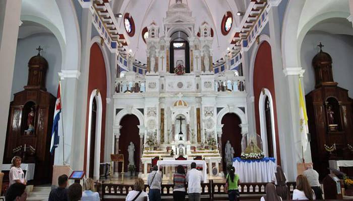 Cuba iglesia Santiago