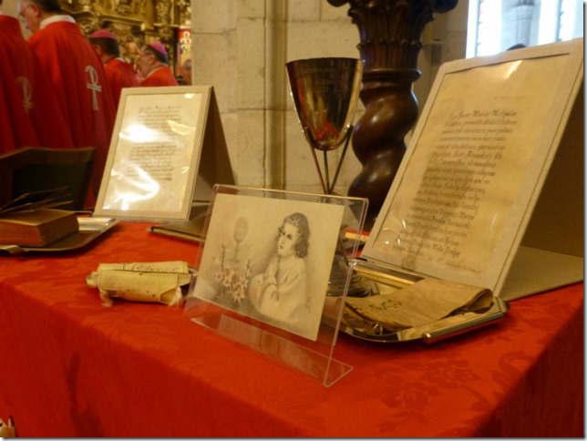 Angelo Amato cardenal beatifica martires Santander 2015 reliquias