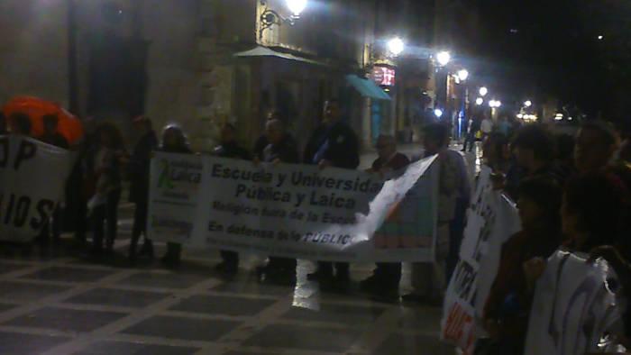 Granada Laica Marcha dignidad 2015