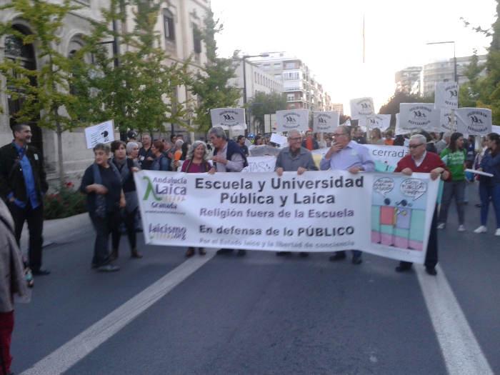 Granada Laica Marcha dignidad 20151022