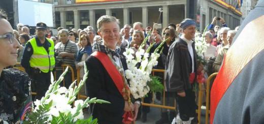 Pedro Santisteve alcalde zaragoza ofrenda Pilar  2015