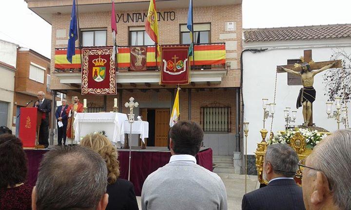 alcalde perpetuo Cristo de las Angustias en Villanueva Toledo