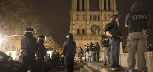 atentados Paris Notre Dame 2015