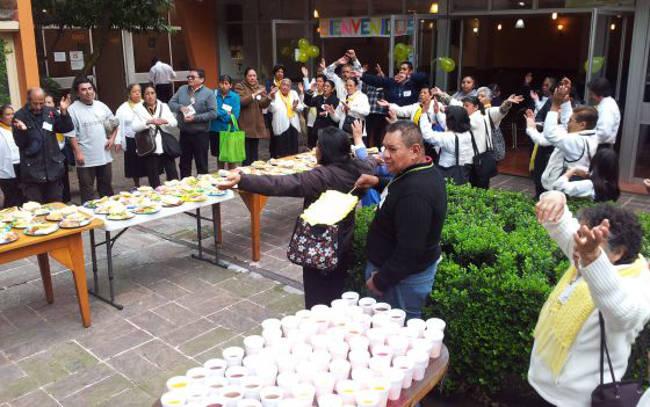 Exterior de la cafetería de la Iglesia Santo Tomás Moro en México DF