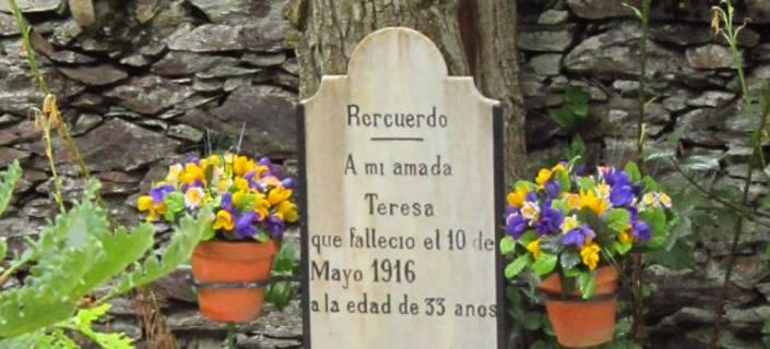 cementerio Teresa Bausen lapida