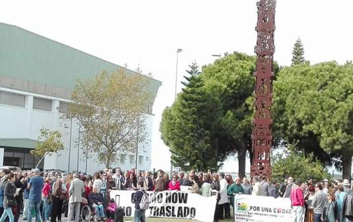 concentracion Sanlucar 2015 contra cambio estatua actual por rociera 1