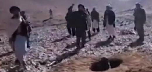 lapidacion mujer talibanes Afganistan 2015