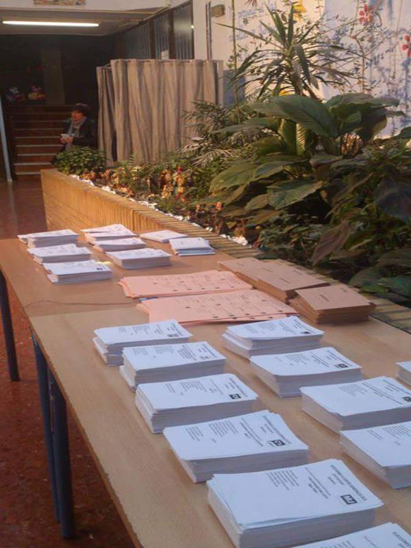 Colegio electoral Parque de las Infantas Granada 2015 a