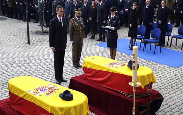 funeral policias asesinados Kabul rey 2015