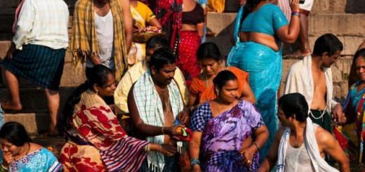 mujeres ceremonia religiosa hindu India
