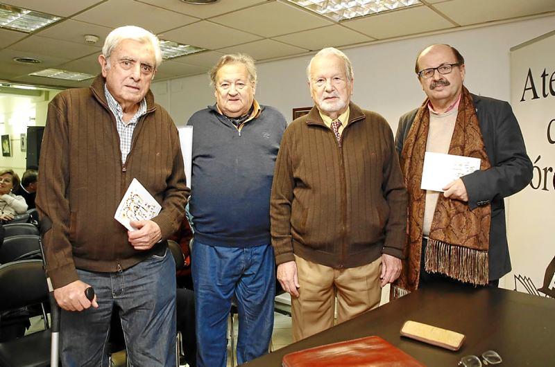 Tomás Egea, Carmelo Casaño, Rafael Mir y Antonio Varo, anoche en el Ateneo. - Foto:MANUEL MURILLO
