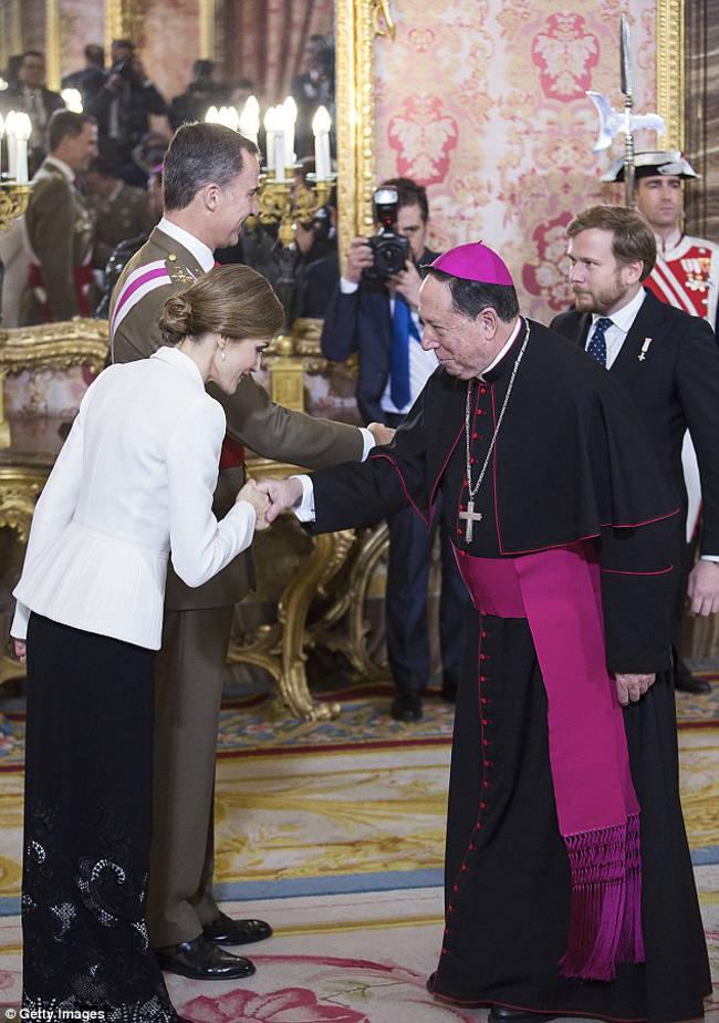 reyes y arzobispo castrense pascua militar 2016