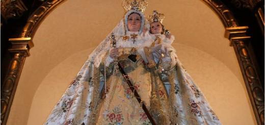 Virgen de Luna en Pozoblanco con vara mando