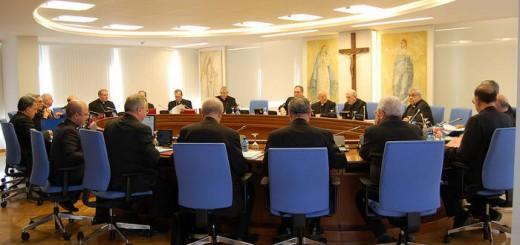 comision-permanente-del-episcopado reunion CEE 2016